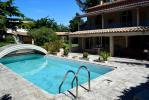 Montfavet Maison T6 chambres de 180 m² sur 2490 m² de terrain avec piscine et garage