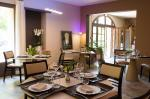 Orange Mas en pierre 11 chambres, piscine et appartement particulier