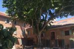 Orange centre hôtel 20 chambres avec jacuzzi, grottes et appartement de fonction