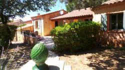 Villa de plain-pied de 125 m² avec piscine , 4 chambres