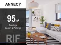 Appartement T4 de 95 m² avec balcon et parkings